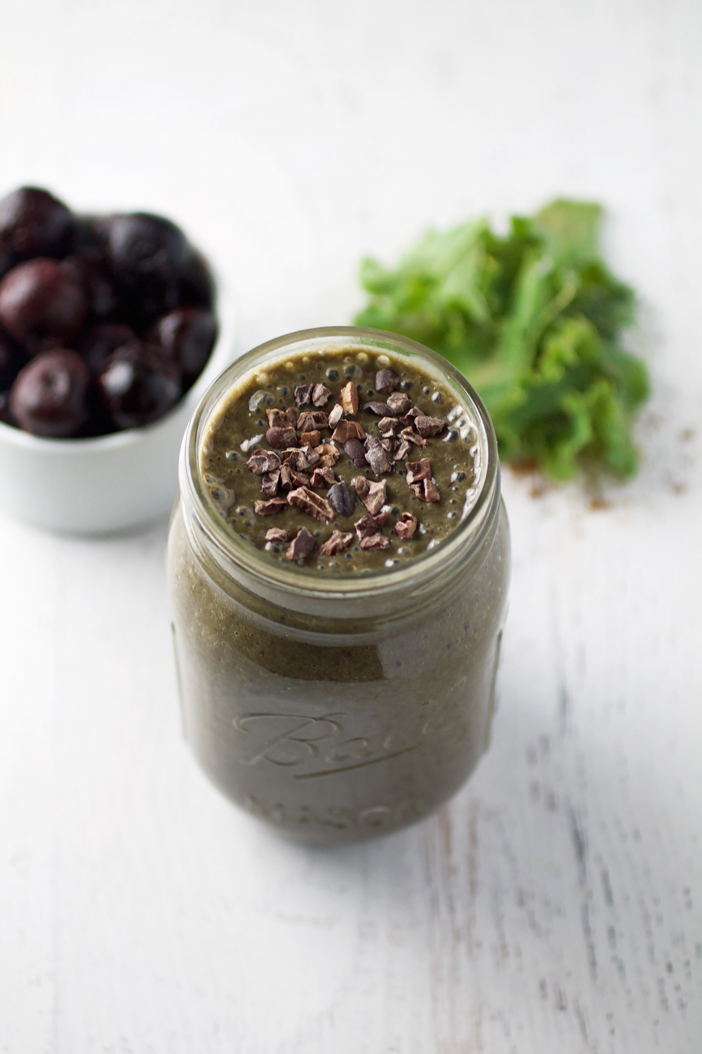 Chocolate Cherry Green Smoothie - Spinach for Breakfast