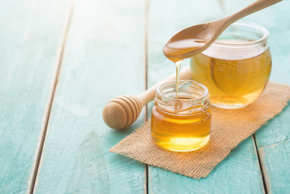 Why You Should Wash Your Face with Honey