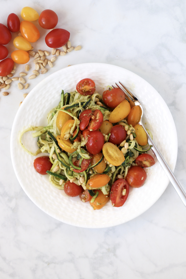 easy pesto zoodles with cherry tomatoes