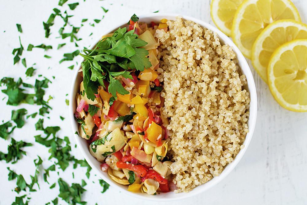 Artichoke and Peppers Quinoa Bowl