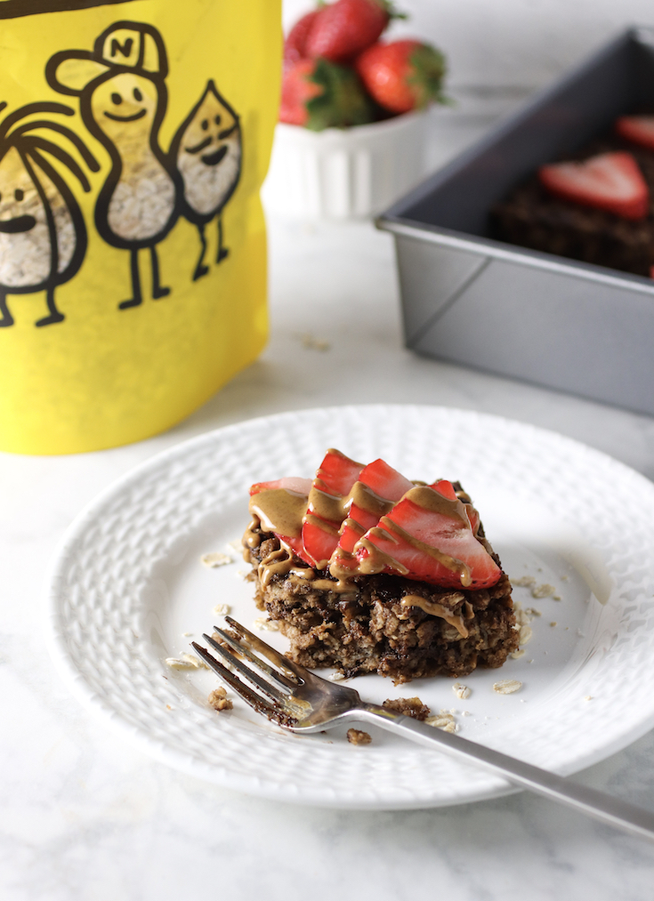 peanut-butter-chocolate-baked-oatmeal