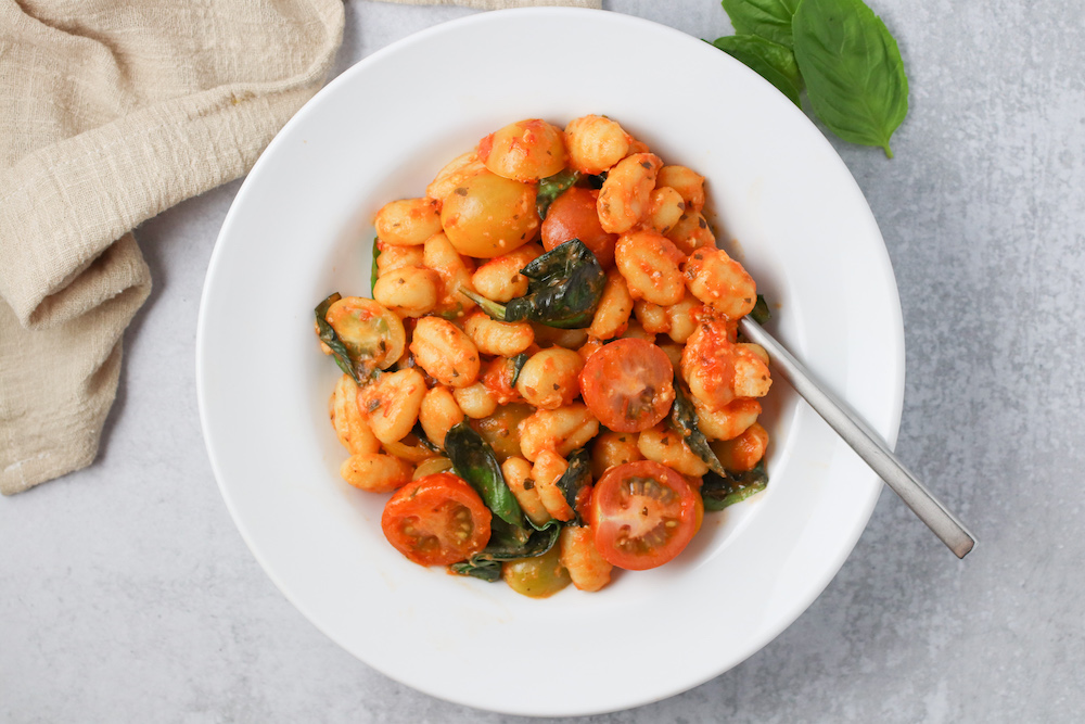 Easy Trader Joe's Dinner: Mozzarella Cauliflower Gnocchi with Tomatoes and Basil