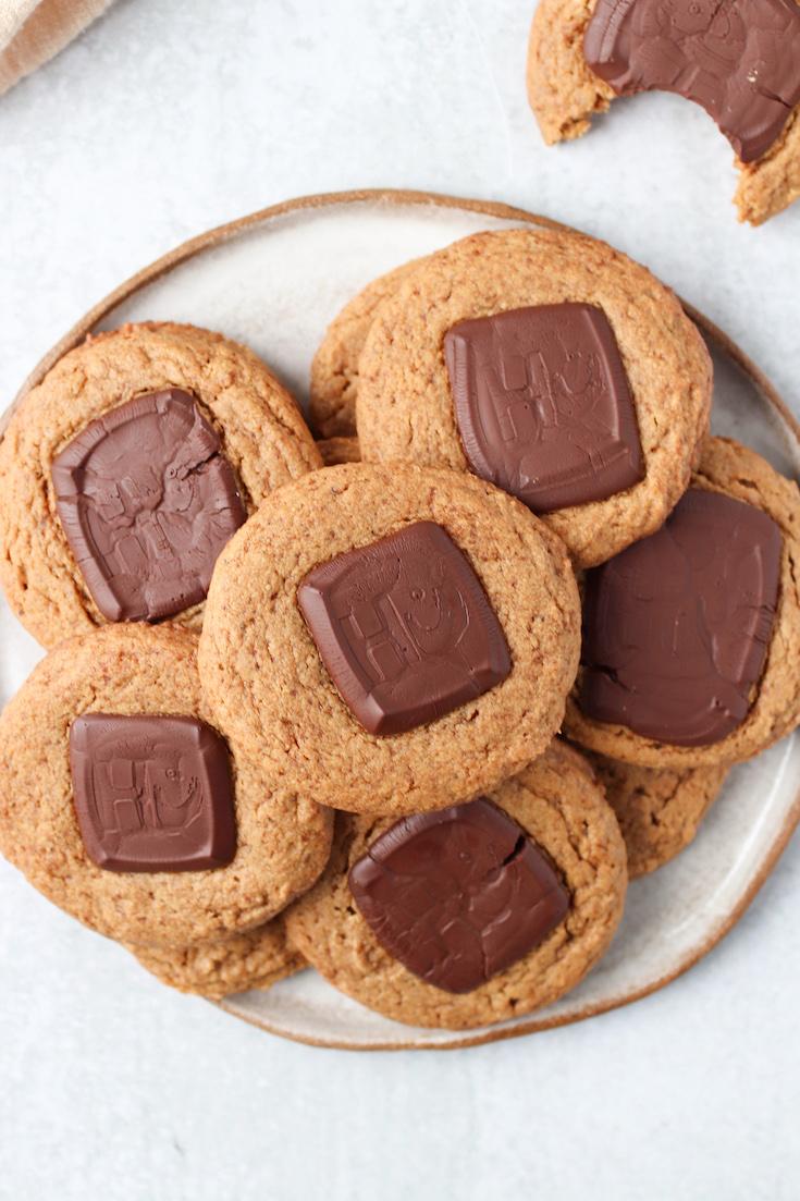Five Ingredient Chocolate Peanut Butter Cookies