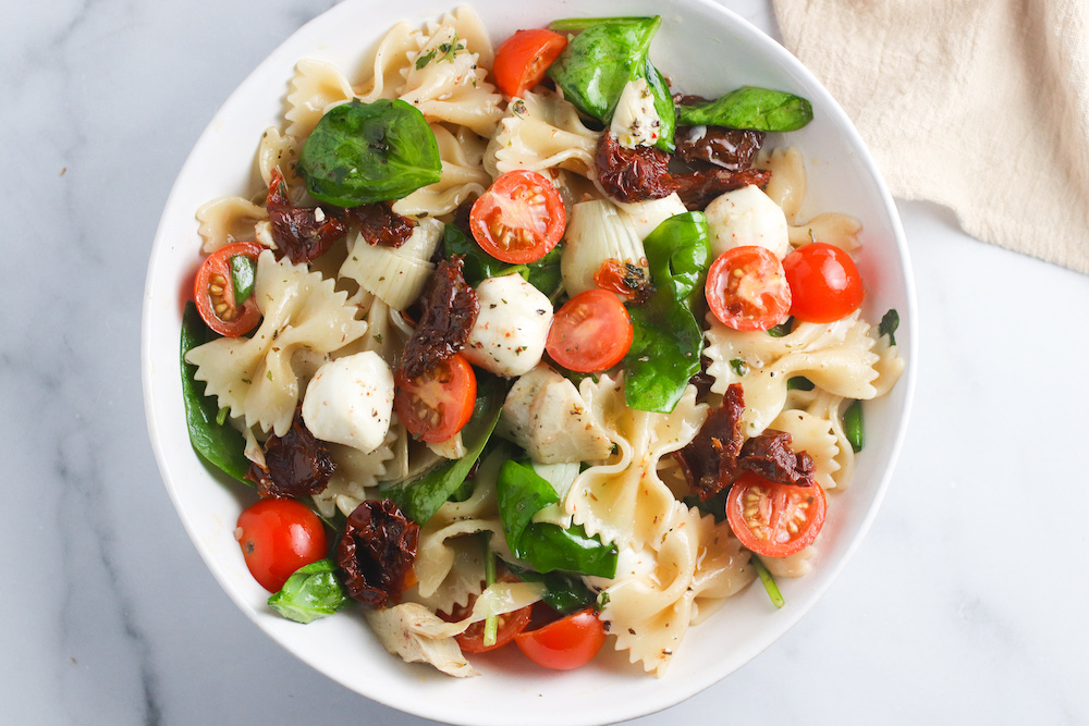 Sun-Dried Tomato and Artichoke Pasta Salad