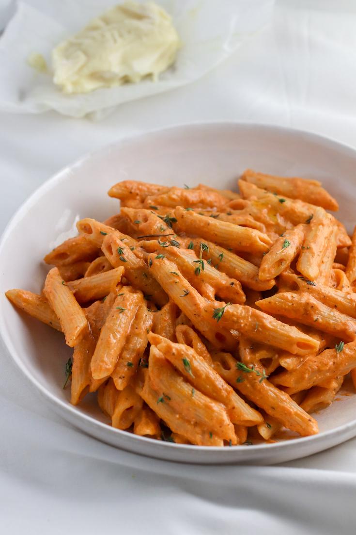 creamy goat cheese pasta