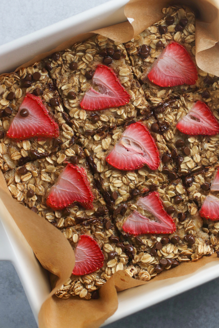 Strawberry Banana Oatmeal Bake